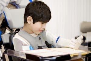 Zaburzenia mowy u dzieci z porażeniem mózgowym wymagają terapii