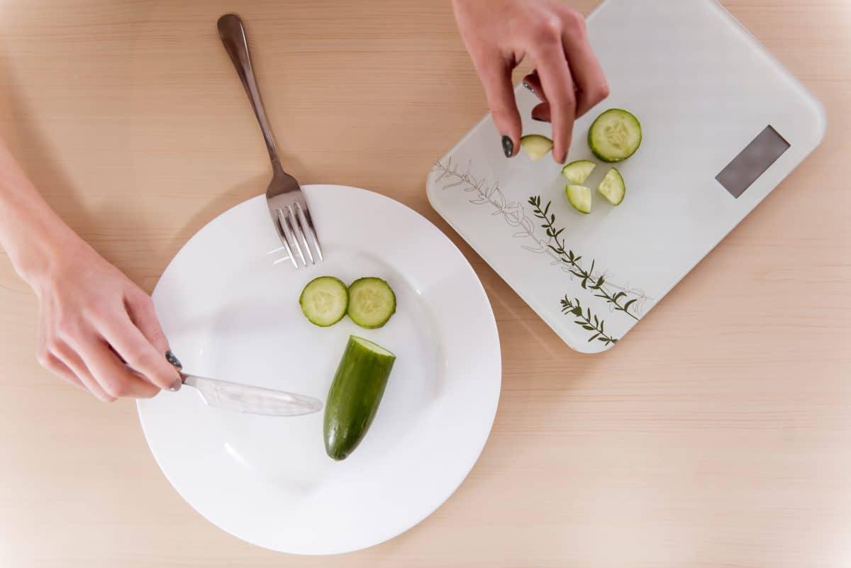 Zaburzenia odżywiania - jak je rozpoznać?