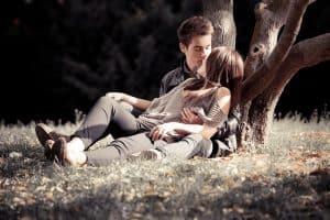 Pierwsza miłość bywa trudna.