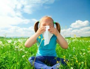 Alergie sezonowe mogą sie skończyć po okresie dojrzewania.