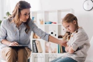 Depresja. Jak pomóc dziecku - rodzice często zadają sobie to pytanie.