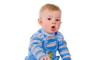 Kaszel u dziecka może być mokry lub suchy.