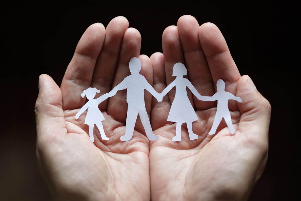 Rodzicielstwo - jak przygotować do niego własne dziecko?