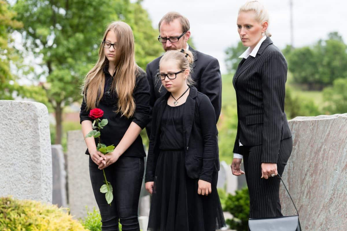 Pogrzeb to bardzo smutne doświadczenie.