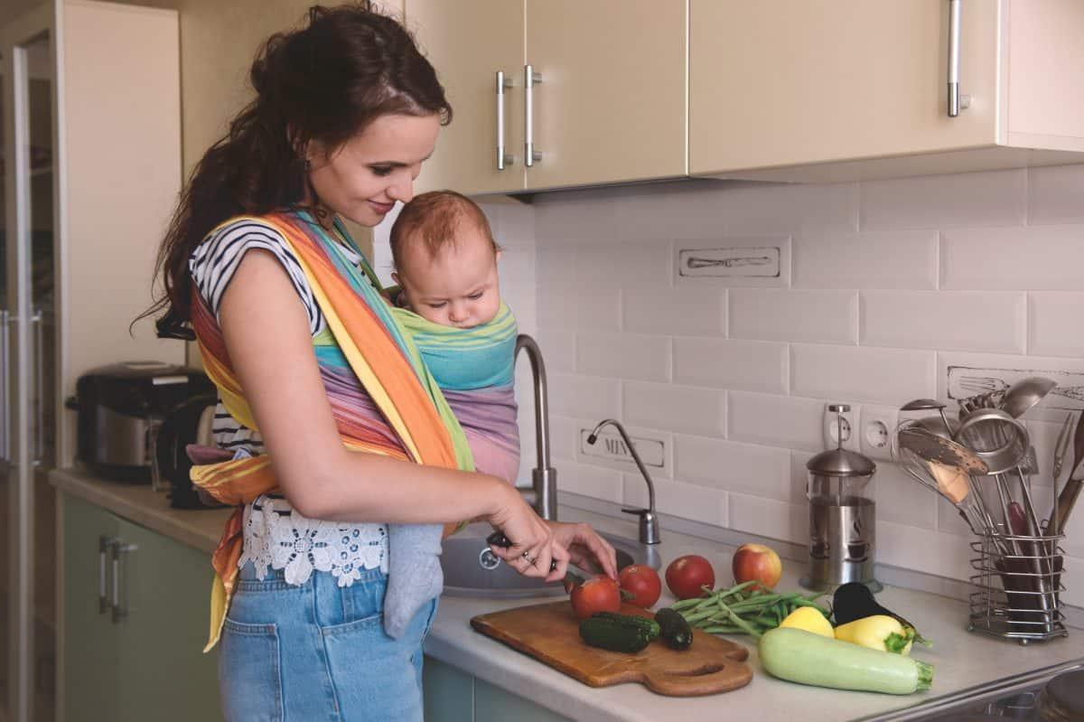 Laktacja może zostać zachamowana, gdy mama cierpi na depresję poporodową.